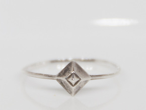 Small Stud Ring - US size5 in Polished Silver