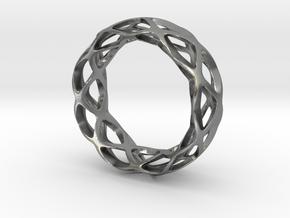 Loop braclet S/M in Natural Silver