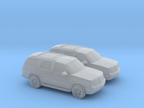 1/160 2X 2001-06 Cadillac Escalade in Frosted Ultra Detail