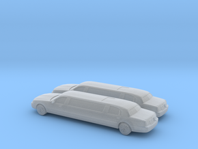 1/160 2007 2X Lincoln Town Car Super Stretch in Frosted Ultra Detail