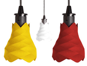 Flores de pin - Lamp in Yellow Processed Versatile Plastic
