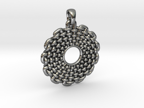 Wicker Pattern Pendant Small in Fine Detail Polished Silver