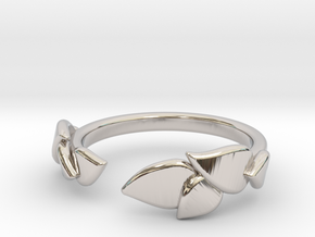 Delicate Leafs Ring in Rhodium Plated Brass: Extra Small