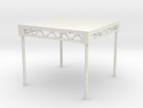 1:25 Platform 4x4 with legs in White Natural Versatile Plastic