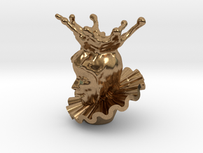 Queen Elaine With A Ruff 1'' in Natural Brass
