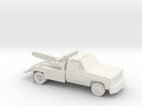 1/87 1982 GMC Tow Truck in White Natural Versatile Plastic