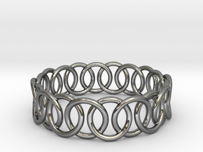 Ring Bracelet 65 in Fine Detail Polished Silver