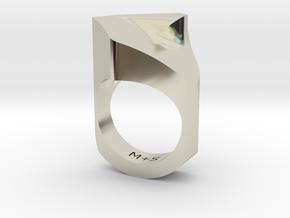 Equilibrium in 14k White Gold