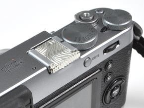 Waves - Premium camera hotshoe Cover  in Polished Silver