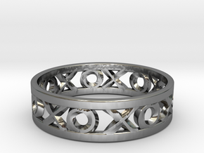 Size 9 Xoxo Ring in Fine Detail Polished Silver
