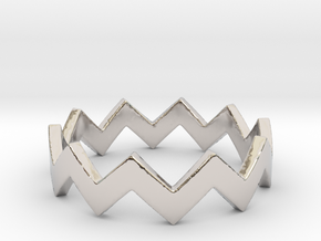 Zig Zag Wave Stackable Ring Size 5 in Platinum