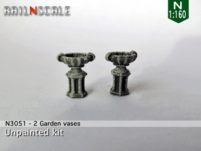 Garden vase (2x) (N 1:160) in Frosted Ultra Detail