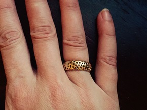 Cellular Ring Size 8 in 18k Gold Plated Brass