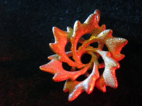 6 Flame Petals - 2.5cm - wLoopet in Polished Gold Steel