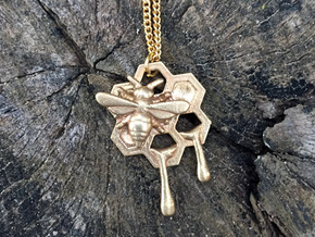 Honey Comb Charm Version 2 in Natural Brass