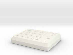 Akai Mpd 18 in White Natural Versatile Plastic