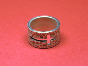 Wide, Thick Band - Cross in Polished Silver