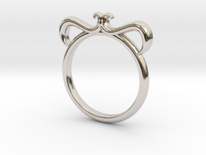 Petal Ring Size 6 in Platinum