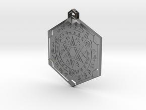 Grim Dawn Cultist Pendant in Fine Detail Polished Silver