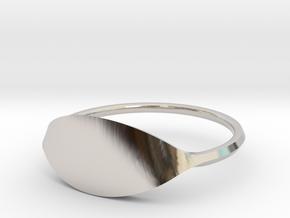 Eye Ring Size 8 in Platinum
