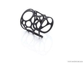 Voronoi bracelet (LARGE) in Black Natural Versatile Plastic