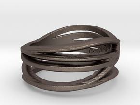 Simple Classy Ring Size 8 in Polished Bronzed Silver Steel
