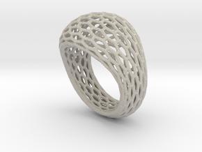 Hexagonal ring size 9 in Natural Sandstone
