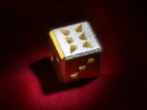 Dice No.3 S (balanced) (2cm/0.79in) in Polished Gold Steel