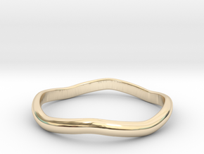 Ring Weaved Shape Design Size 7 in 14K Yellow Gold