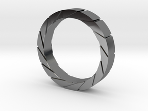 Aperture Ring in Fine Detail Polished Silver