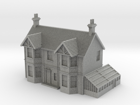 1:350 Scale English Farmhouse in Metallic Plastic
