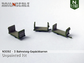 3 Bahnsteig-Gepäckkarren (N 1:160)  in Frosted Ultra Detail