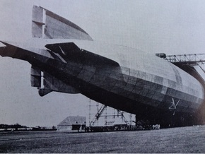 Zeppelin R Type of WW1 1/700th scale in White Strong & Flexible