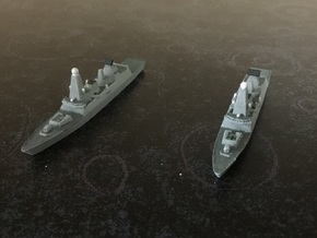 Type 45 DDG x 2, 1/1800 in White Natural Versatile Plastic