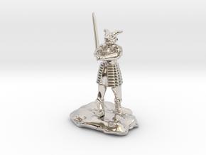 Dragonborn in Splint with Greatsword in Rhodium Plated Brass