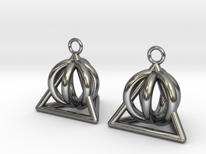 Pyramid triangle earrings serie 3 type 2 in Polished Silver