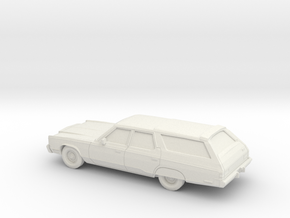 1/87 1977 Chrysler Town & Country Wagon in White Natural Versatile Plastic
