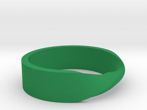 Ring Mobius in Green Processed Versatile Plastic