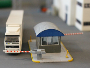 N Scale Guard House 2 in Smooth Fine Detail Plastic