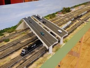 N scale Bridge supports in White Strong & Flexible