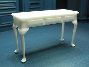 1:24 Queen Anne Plain Console Table, Large in White Natural Versatile Plastic