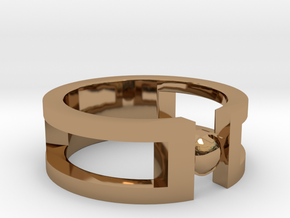 Stone ring in Polished Brass