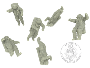 Astronaut // Cosmonaut with Orlan Space Suit in White Strong & Flexible: 1:72