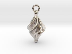Rhomboidal Earring Twisted in Platinum