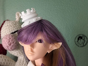 Wonderland Mini Chess Crown For BJD Dolls in White Natural Versatile Plastic