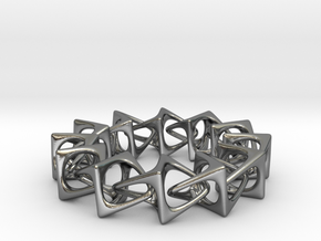 Artistic bracelet 001 in Interlocking Polished Silver