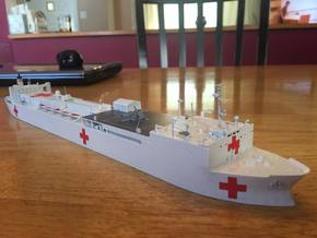 Mercy Class Hospital Ship in White Natural Versatile Plastic: 1:700