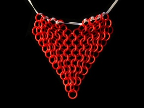Chainmail Heart Collier in Red Strong & Flexible Polished