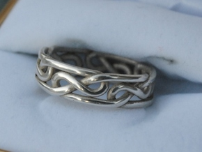 Celtic Infinity Knot Ring in Polished Silver: 10 / 61.5
