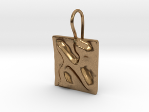 01 Alef Earring in Natural Brass